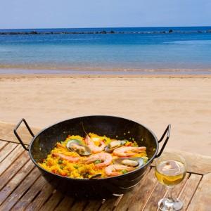 spanish coast paella