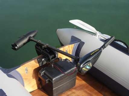 choosing engine for pontoon
